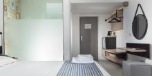 room_wide2.jpg